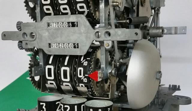 Rebuilt 12″ Veeder Root Computer