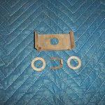 T 452 Lock retainer