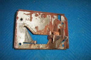 T 39 s Nozzle hanger assembly with steel fork
