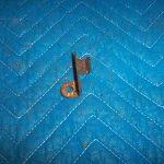 T 39 t Side access door latch