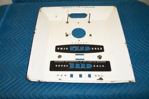 Bowser 595 Teleview Porcelain Face Plate With Totalizer With Pins