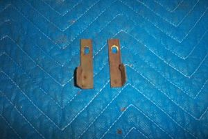 T 39 s Top side clips