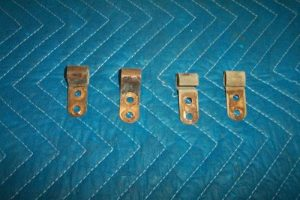 36b Upper door retainers