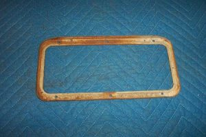 Wayne 100A Ad Glass Bezel Retainer