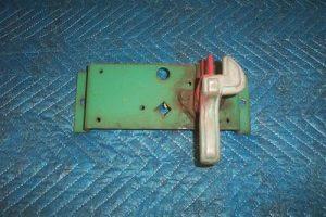 G&B 996 Nozzle Hanger Assembly