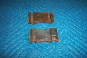 Erie 77 Sight Glass Manifold Cast Iron Spacers