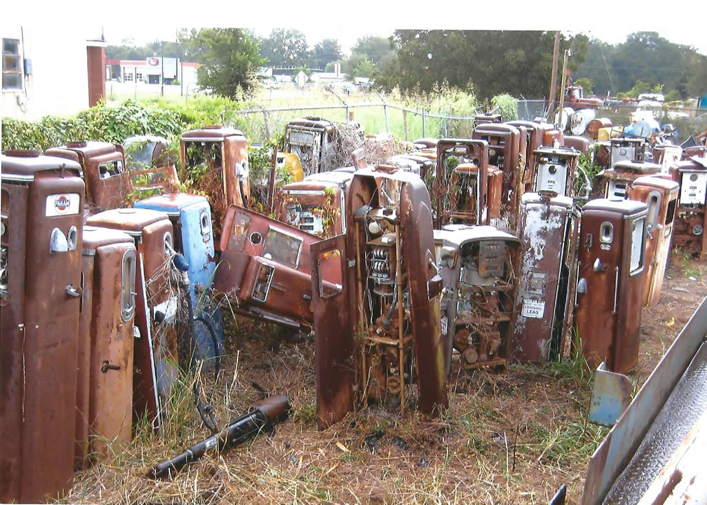 Gas Pump Pictures | GasPumps us Old Gas Pump Parts